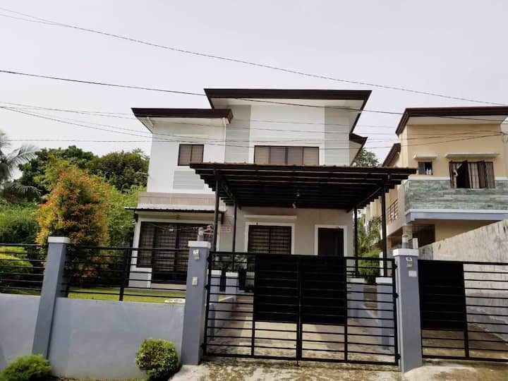 4B/4B Gated Fully Furnshd in Panorama ,Buhangin DC