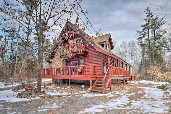 NEW! Secluded Adirondacks Outdoor Escape w/Hot Tub