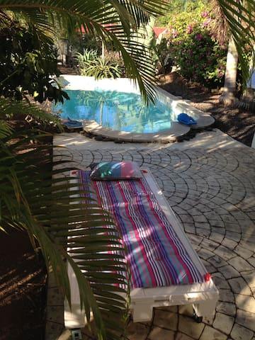 Papeete Chambre avec piscine. - Faa'a - Dům