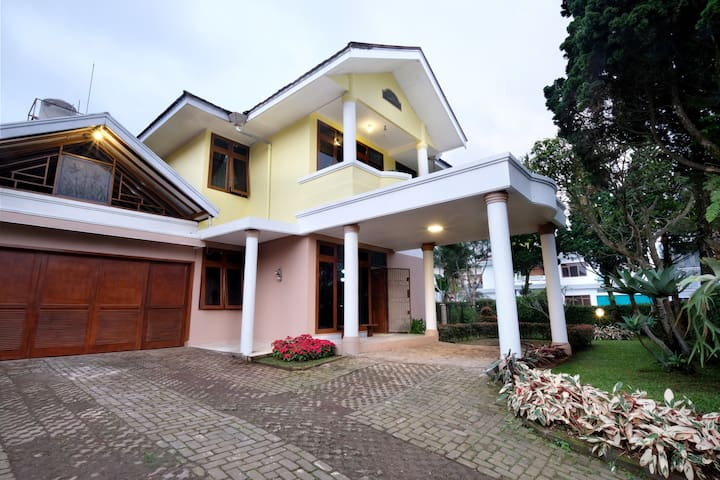 Andaru Lembang -  Perfect For Family and Friends