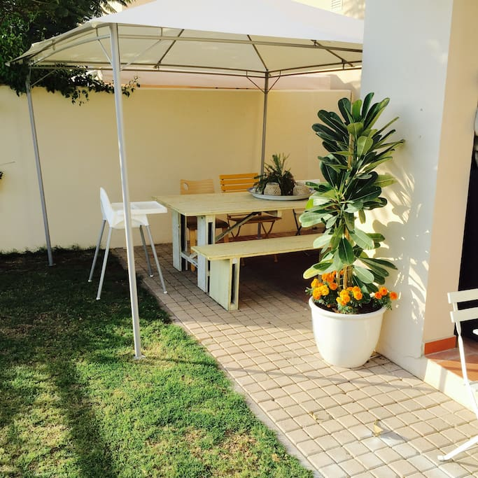 Outdoor dinning table (8p)