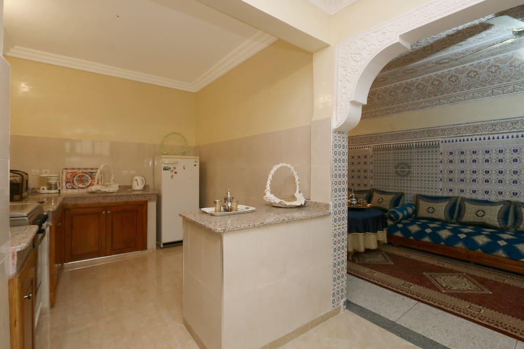 appartement marrakchi 85 m2 clim parking free. Black Bedroom Furniture Sets. Home Design Ideas