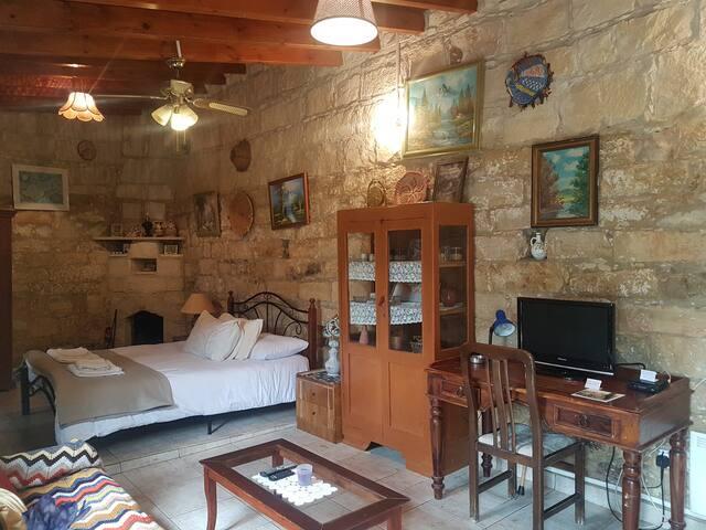 Stavlos Village Country Cottage