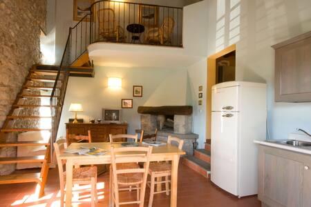 Appartamento Due camere con piscina - Firenzuola