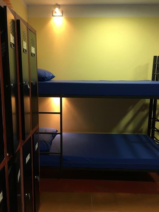 Welcome Hostel Villahormes +34.639.418.767