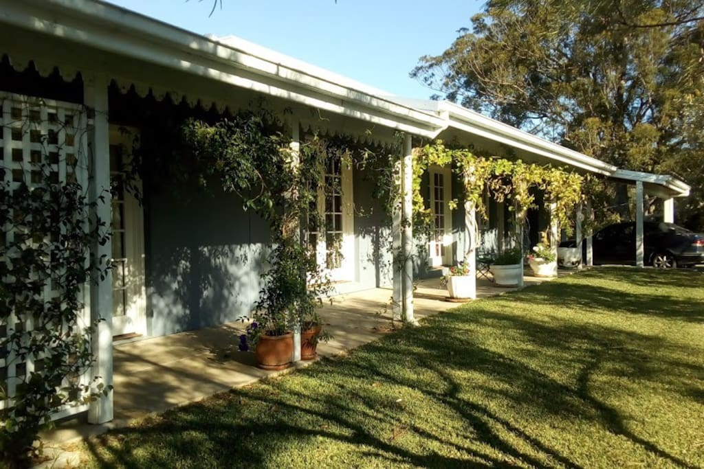 Lovely historic Bellingen home with attached apartment