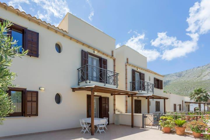 Appartamento I  San Vito lo Capo, Castelluzzo