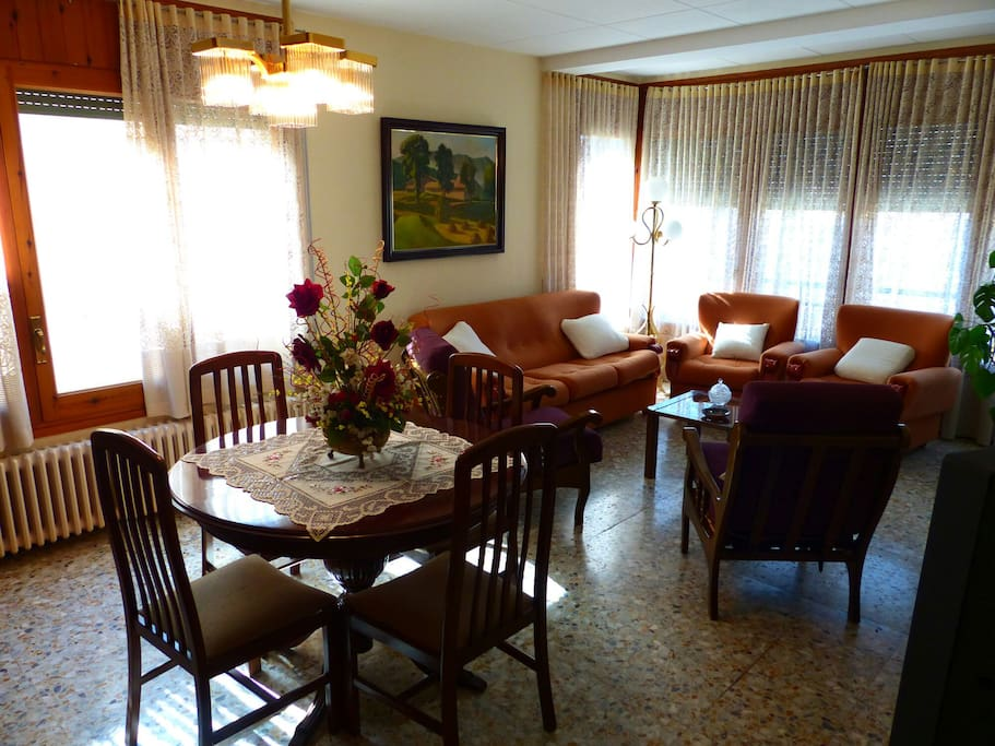 Menjador i sala d'estar