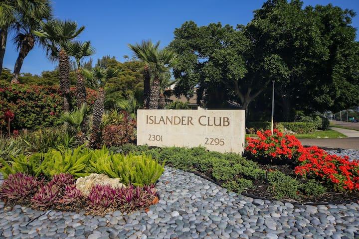 10th floor Islander Club condo on Longboat Key! - Longboat Key 47