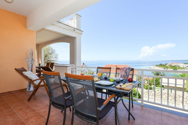 Apartment Sol with beautiful Seaview
