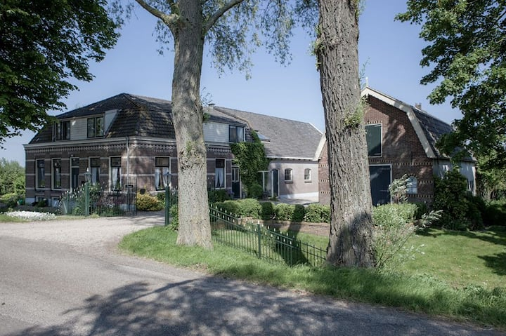 Apartment ' Landzicht', nearby Amsterdam