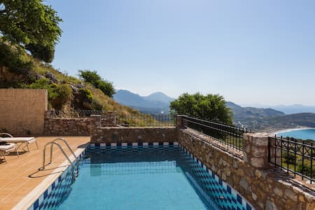 Villa Eleanna, view to Libyan Sea! - Sellia - Villa