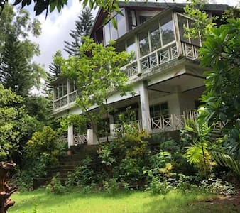 Nature Lovers | Eco Friendly Stay with 3 Meals