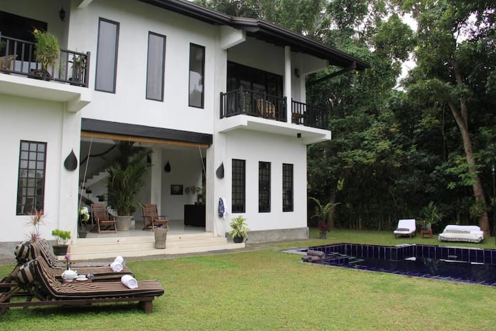 LUXURY  RIVER FRONT VILLA NEAR BEACH MADAMPE HOUSE