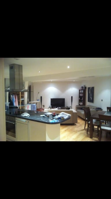 Living room, open kitchen