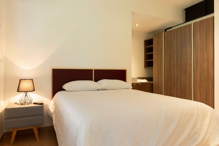Executive suite OFFER 30 % OFF
