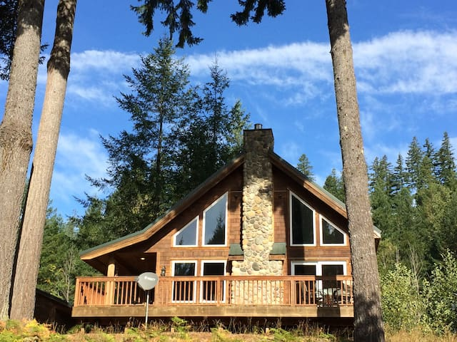 River Rock Mountain Cabin Wifi Ac Bbq Cabins For