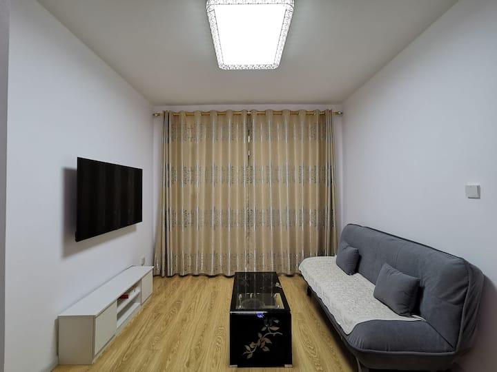 珲春  两室一厅 4人居 中央公馆