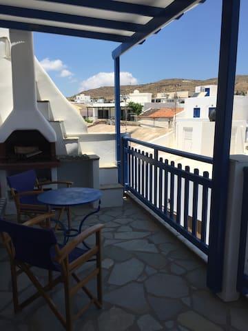 Apartment in Town! - Tinos - Lägenhet