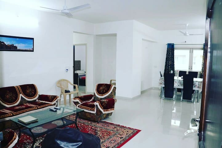 Harmony-2bhk lake-end suite - Udaipur - Appartement