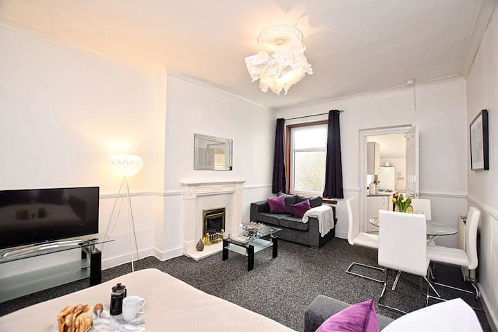 ⭐️Klass Living - Whifflet Apartment, Coatbridge⭐️
