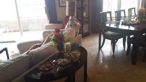 Harley 115th Party Beautiful 1 BR min from Milw