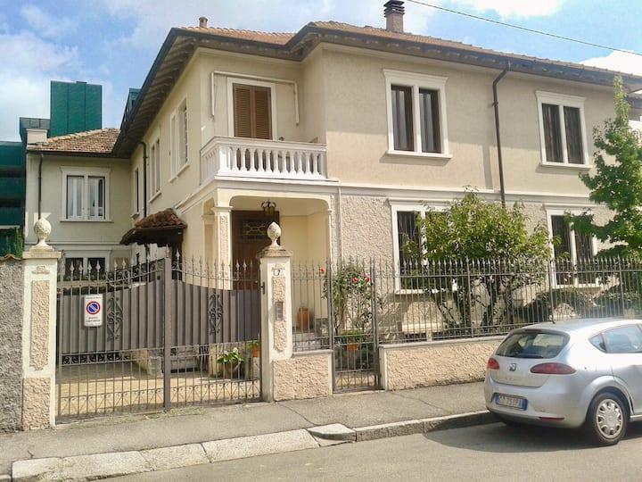 Appartamento in villa d'epoca comodo per Milano
