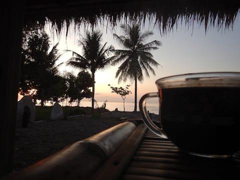 East Lombok Dive Hotel♦Vista al mar♦AC♦Aigua calenta♦Submarinisme