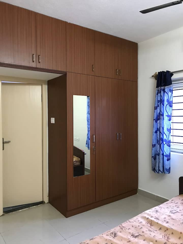 Home away from Home 4 memorable stay (1BHK in OMR)