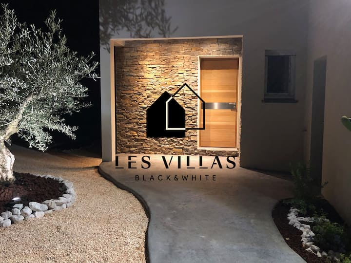 La Villa Black avec Piscine Privative Chauffée