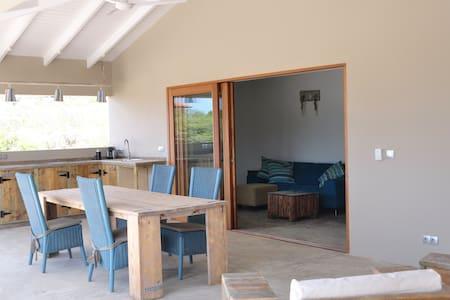 Mooi appartement op 100 meter van Andrea1 Beach