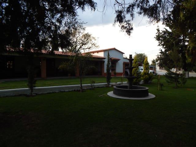 Villa Rústica San Isidro - Tlaltenango - วิลล่า