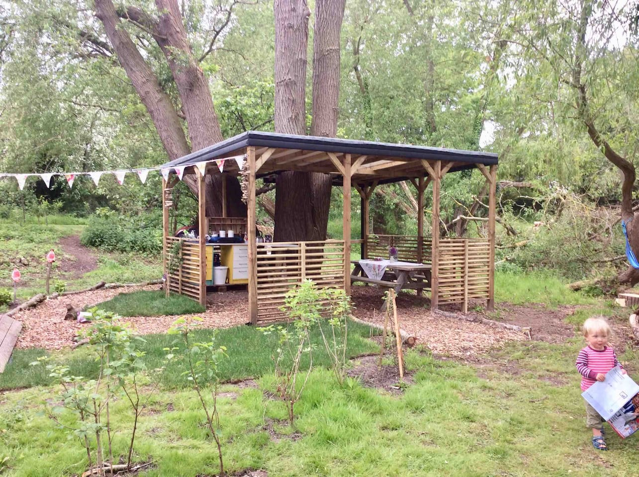 Willow cooking and eating area.
