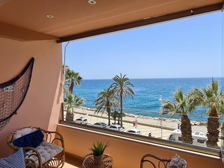 Marina Habanera- Apartamento con vistas al mar**