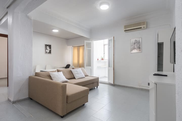 Fully equipped Flat+Free parking +Wifi