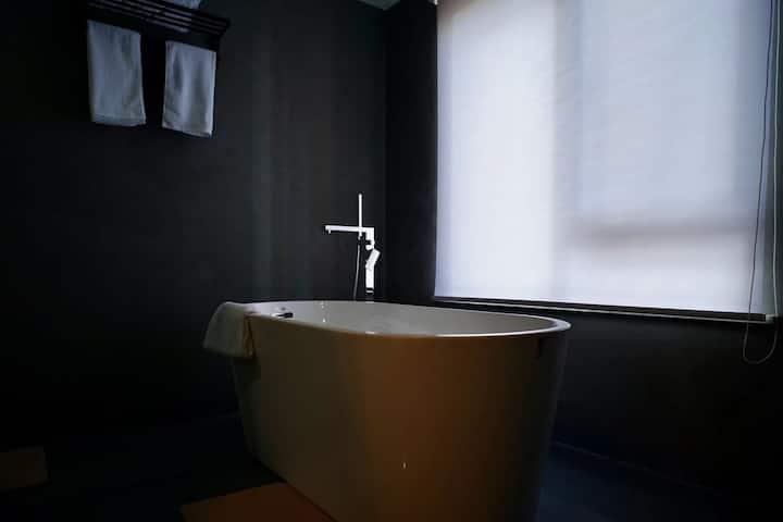 羽舍大床房A(独立浴缸)