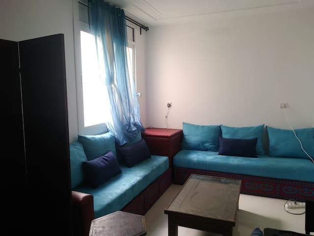 chambre et salon à Hay AL Matar Nador