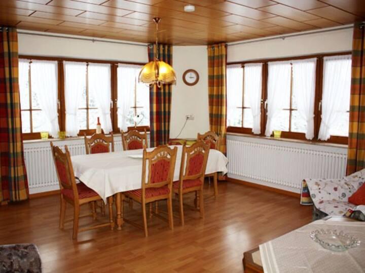 Schlosshof - der Urlaubsbauernhof, (Elzach-Prechtal), Ferienwohnung Hofgut, 130qm, 3 Schlafräume