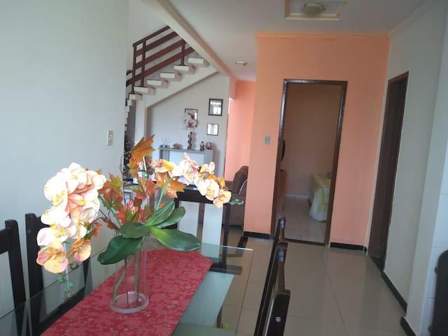 Casa confortável na Zona de Expansão de Aracaju