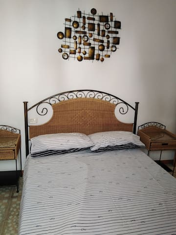 Good size double bed