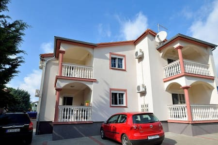 Apartment 200m from beach 2 - Fažana