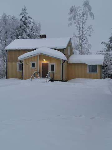 Hus i Kainulasjärvi