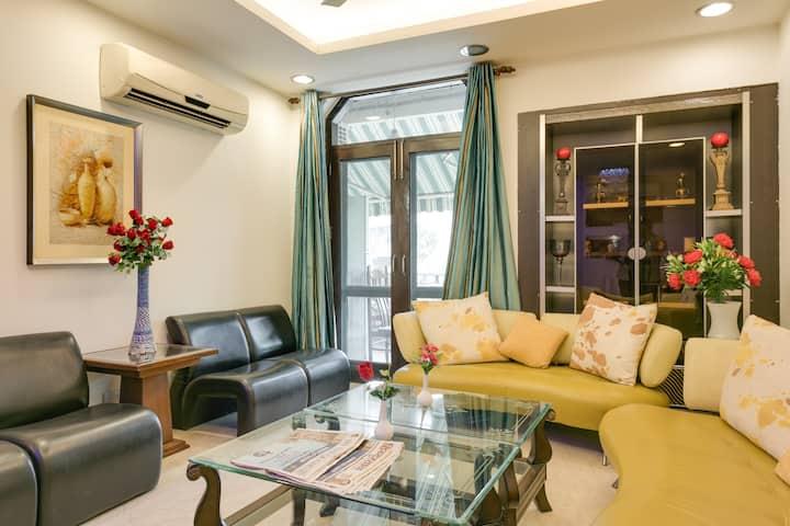 HUGE 5 BHK Apartment @ South DELHI, # near METRO