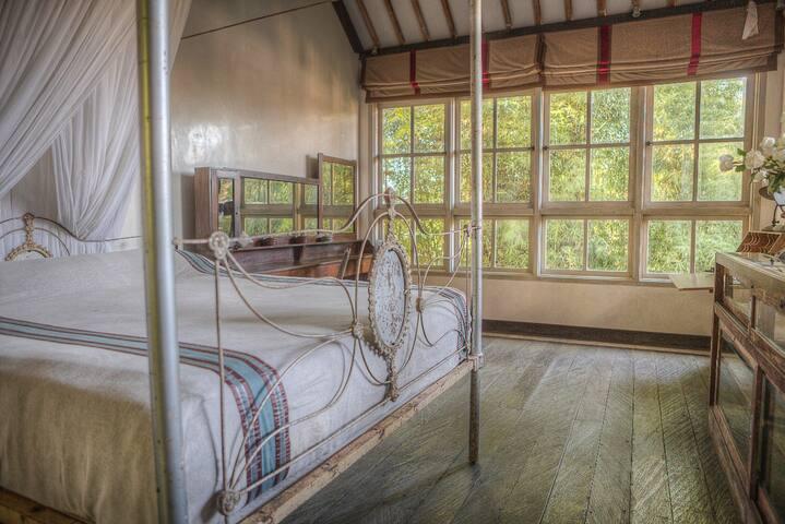 Private Roon Umalas Luxury Villa