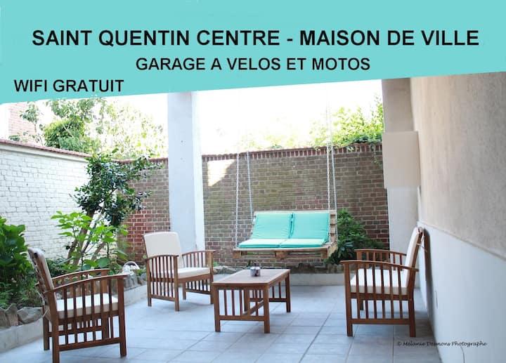 St Quentin Centre - Maison Tout Confort - 18 pers.