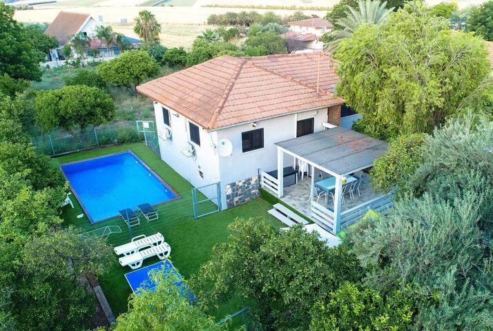 Galil Getaway, Family vacation villa
