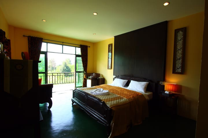 Clean Calm Comfortable in chiangmai - แม่ออน - Bed & Breakfast