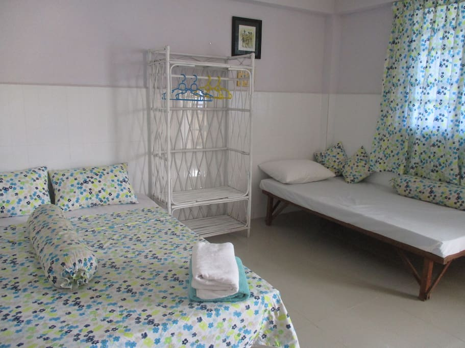 Sochea's Room (triple basic en-suite - 1 king size and 1 single bed) with fans