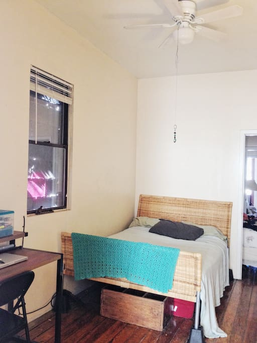 room fits desk, large bed, dresser, even a book shelf with plenty extra room. Can come furnished if desired. We're looking for longterm renters, but can negotiate for shorter stay if 2+ months. UTILITIES ARE NOT INCLUDED!!!!