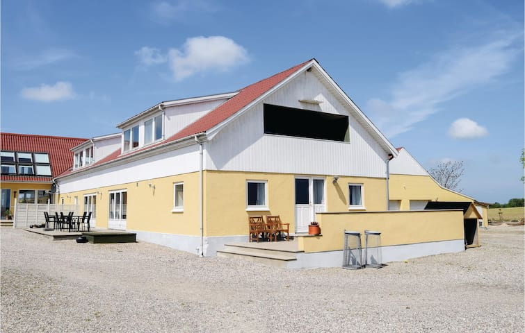 Holiday apartment with 4 bedrooms on 241m² in Rudkøbing